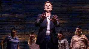 Jenn Colella and the rest of the cast