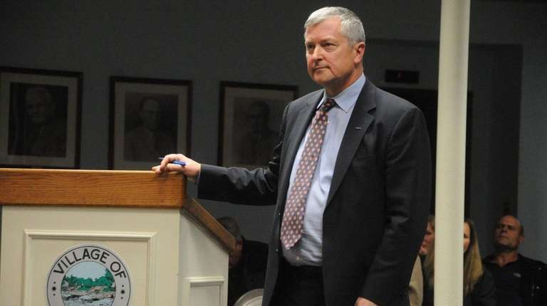 Christopher Modelewski addresses Town hearing at Babylon town