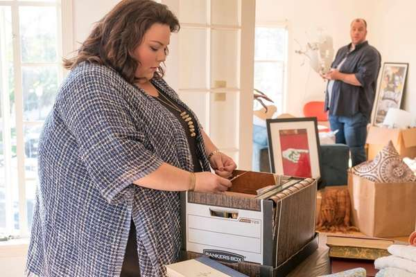 Chrissy Metz and Chris Sullivan star on