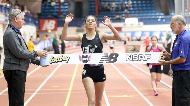 Sachem East's Lauren Harris wins the girls 1-mile