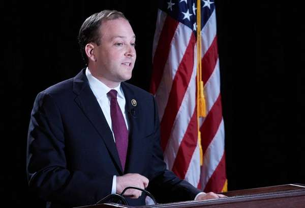 Rep. Lee Zeldin speaks at Suffolk Community College