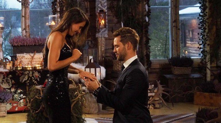 Nick Viall, 36, proposes to Vanessa Grimaldi, 29,