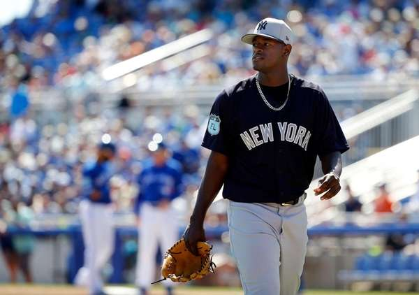 New York Yankees relief pitcher Luis Severino (40)