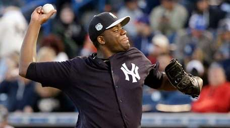 Yankees' Michael Pineda pitches against the Phillies in