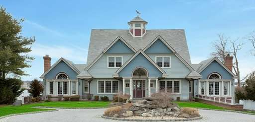 This home in Great River is listed for