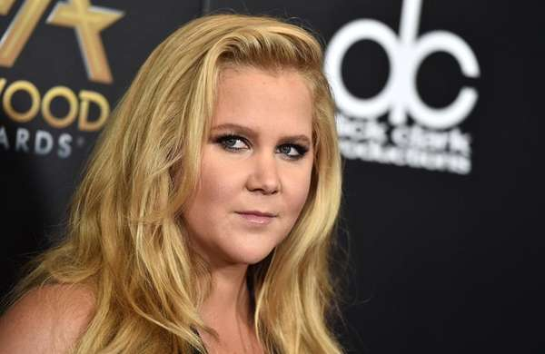 Amy Schumer responds to online critics who tried
