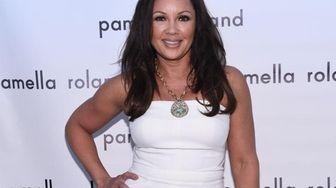 Vanessa Williams poses backstage at the Pamella Roland