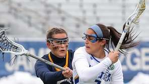 Hofstra's Alyssa Parrella, #7, gets around Danielle LaRocca