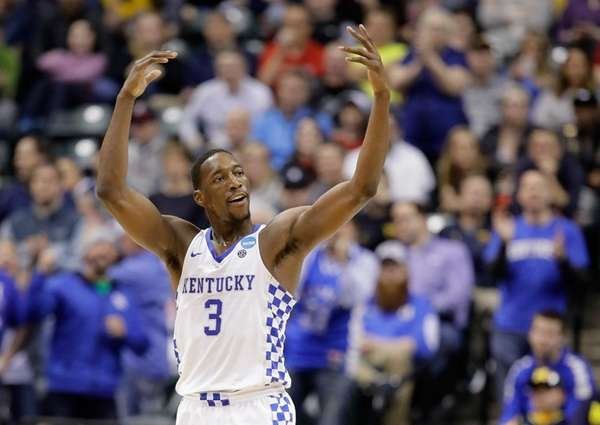 Edrice Adebayo #3 of the Kentucky Wildcats reacts