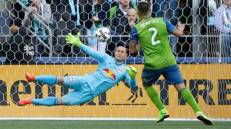 Seattle Sounders forward Clint Dempsey (2) scores a