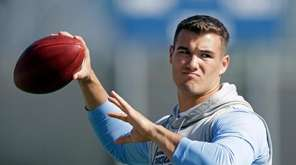Quarterback Mitch Trubisky passes during North Carolina's pro