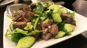 Country-style beef with cucumber is a cold dish