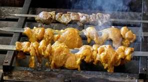 NY Garden Kabobs in Huntington offers marinated kebabs