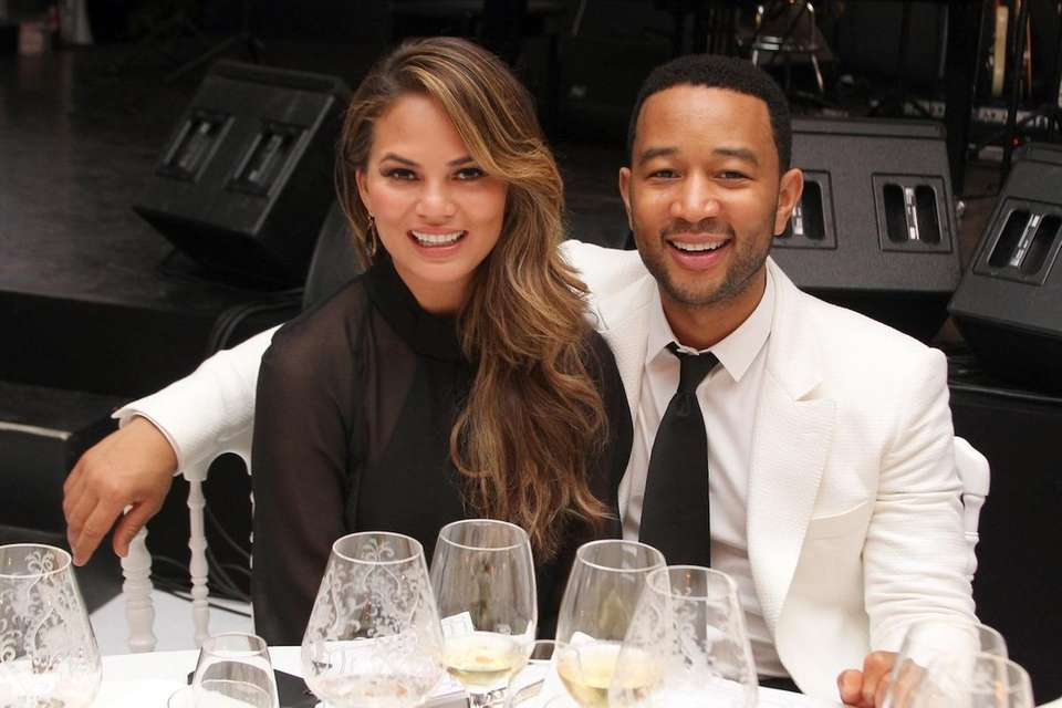 Parents: Chrissy Teigen and John Legend Child: Luna