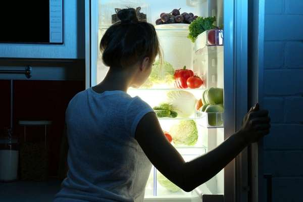 Nighttime food choices can affect how quickly you