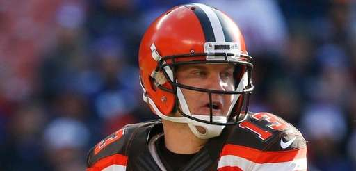 Josh McCown, then with the Browns, looks