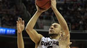 Gonzaga's Nigel Williams-Goss, who scored 23 points, squares
