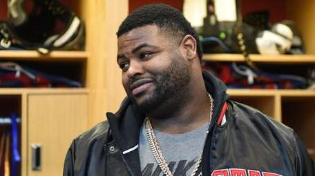 New York Giants defensive tackle Johnathan Hankins answers