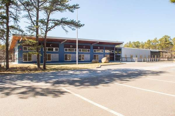 East Hampton Town is in discussions to buy