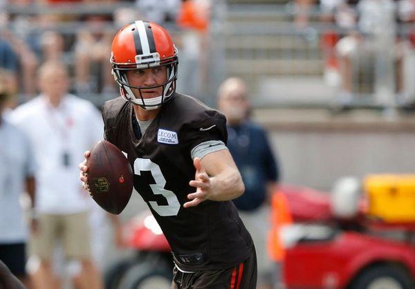 Cleveland Browns quarterback Josh McCown drops back to