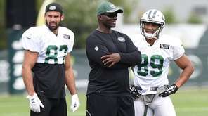 Jets coach Todd Bowles with wide receiver Eric