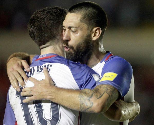 United States' Christian Pulisic, left, celebrates with teammate