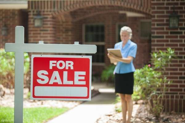 A well-trained real estate agent can help you