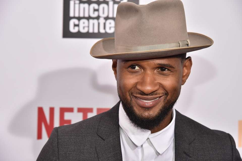 BET reported that thieves broke into Usher's car