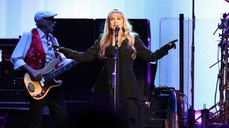 John McVie and Stevie Nicks bring Fleetwood Mac