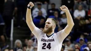 Gonzaga center Przemek Karnowski (24) celebrates in the