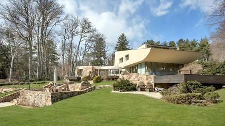 The late architect Norman Jaffe lived in this