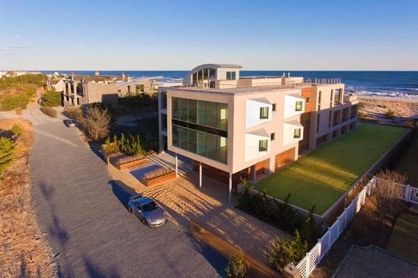 This East Quogue home, listed for $18.75 million