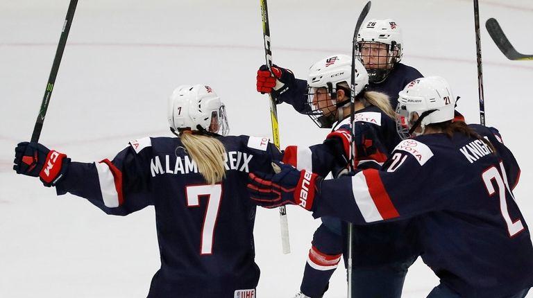 Team USA dominates Canada in IIHF Women s World Championships opener ... f505ce92e