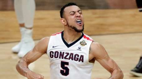 Gonzaga's Nigel Williams-Goss (5) reacts during the second