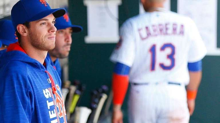 New York Mets starting pitcher Steven Matz looks