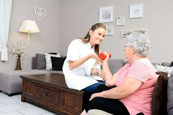 A physical therapist who is an hourly employee