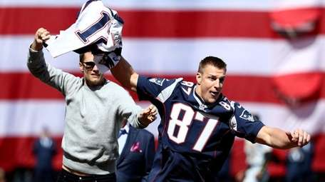 Rob Gronkowski of the New England Patriots steals