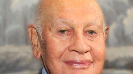Leonard Litwin, a real estate baron who headed