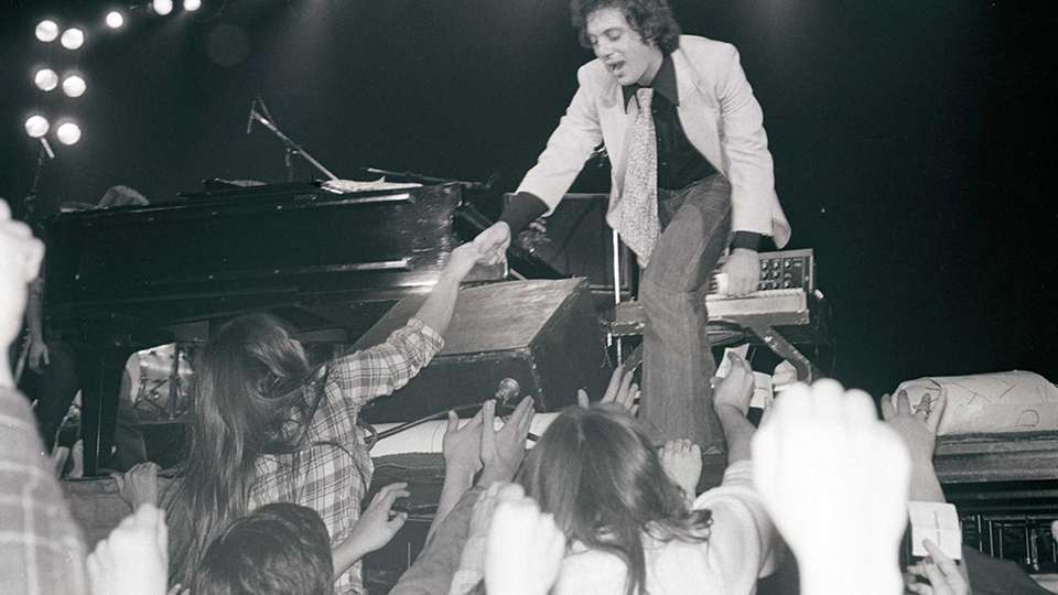 April 17, 1978: Billy Joel concludes his 11-concert,