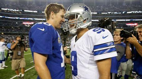 New York Giants quarterback Eli Manning, left, and