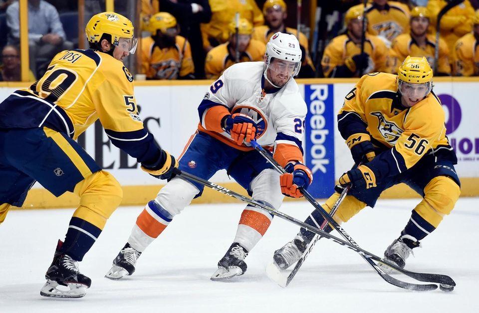 New York Islanders center Brock Nelson (29) maneuvers