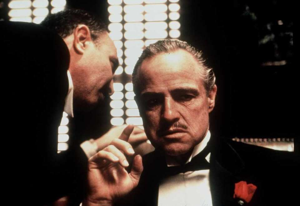Cast: Marlon Brando, Al Pacino, James Caan, Robert