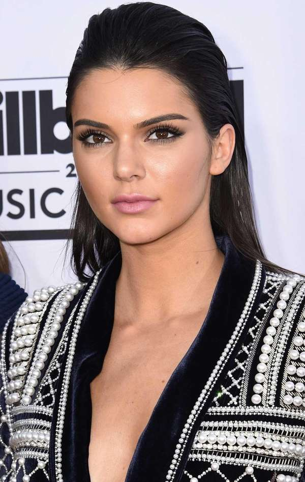 Kendall Jenner attends the 2015 Billboard Music Awards