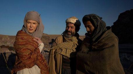 Nicole Kidman plays British writer Gertrude Bell in
