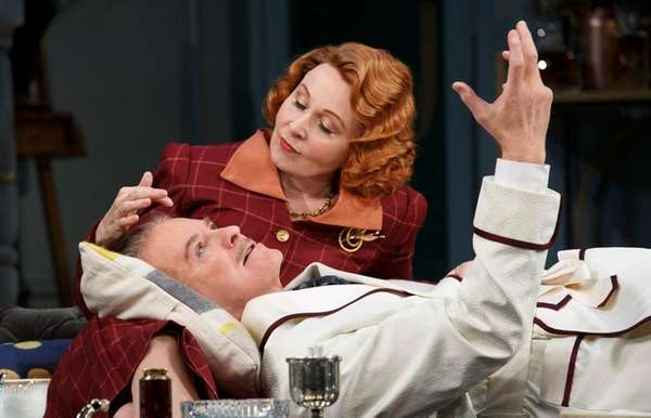 Kevin Kline and Kate Burton in Noël Coward's