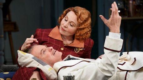Kevin Kline and Kate Burton in Noël Coward's