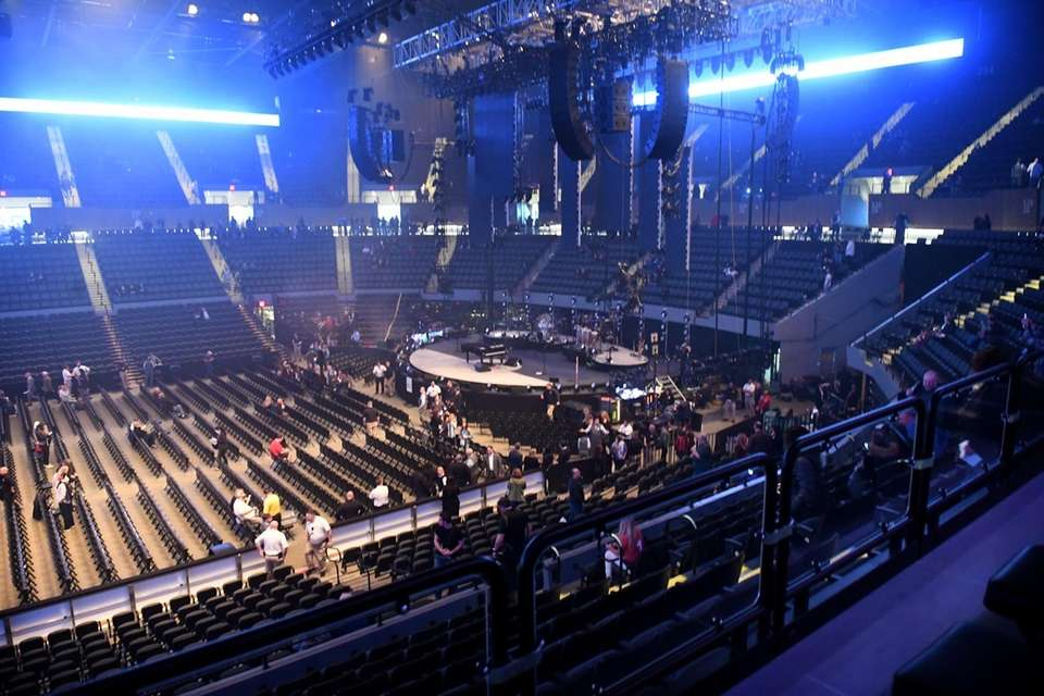 The stage is set for Billy Joel to
