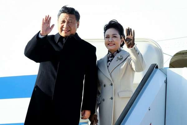Chinese President Xi Jinping and his wife Peng