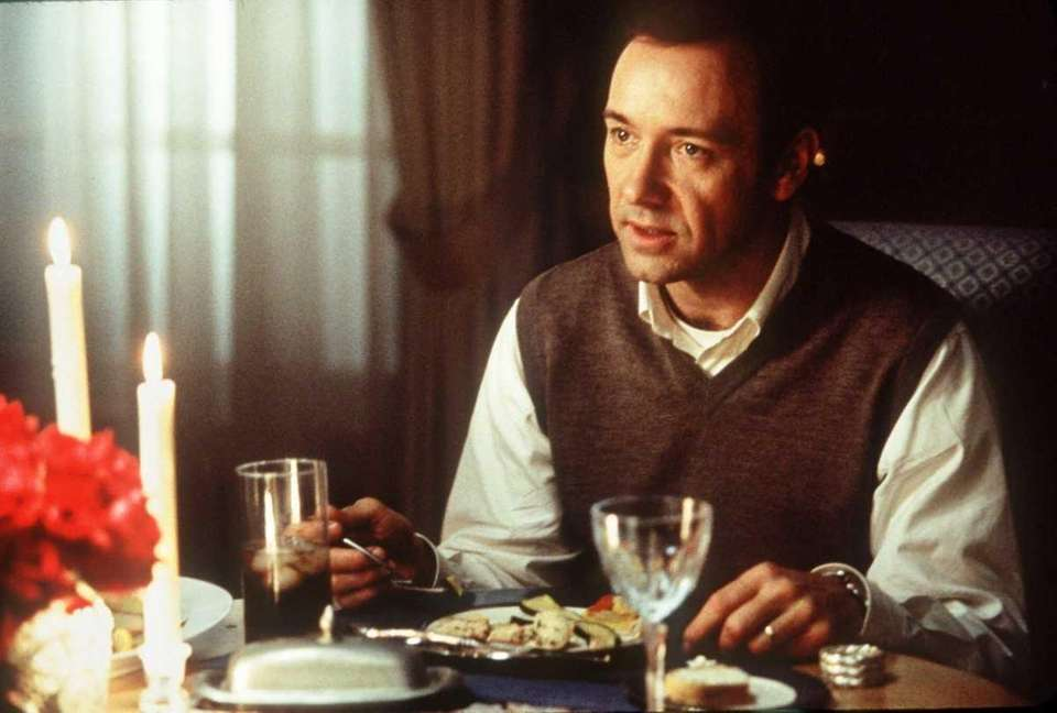 Cast: Kevin Spacey, Annette Bening, Thora Birch, Wes