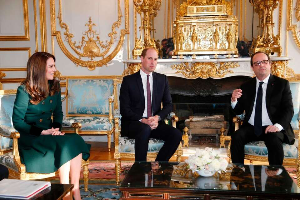Prince William and Duchess Kate meet with France's